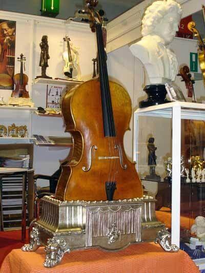 Stativ för fiol