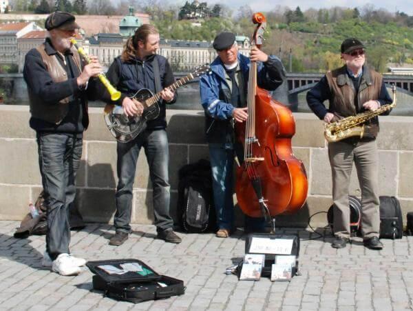 Gatumusiker i Prag 2012