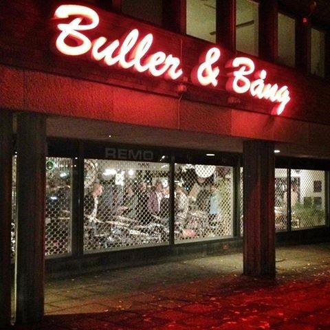 Buller & Bång stänger ner