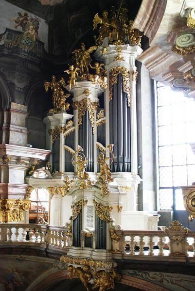Kyrkorgel i Prag