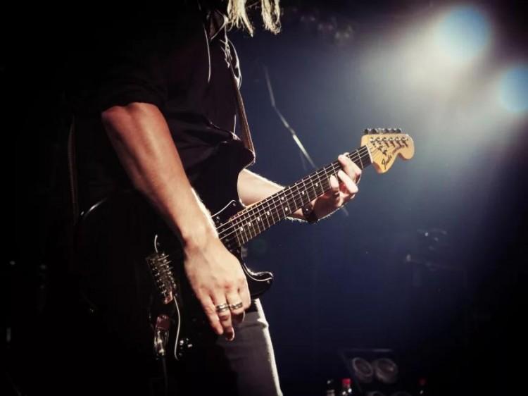 Rockbranschen skakas